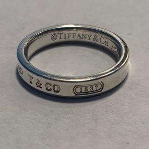 100% Authentic Tiffany & Co. 1837 Narrow Ring